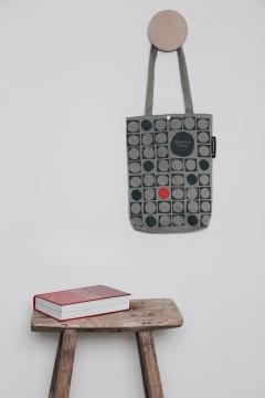 Galleri-Cotton-Alinea-cotton-canvas-bag-i-grå