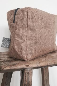 Galleri Jute - jute bag toiletry bag with side label Profilbureauet